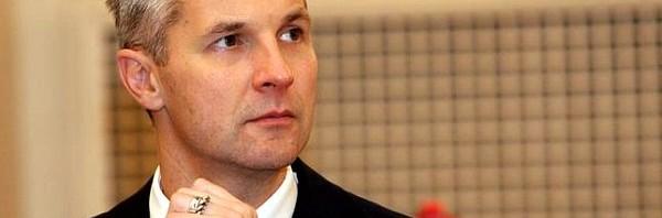 Mūžīgā riņķa deja Latvijas politikā