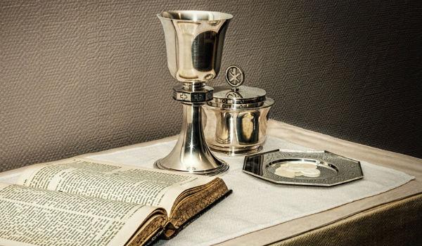 Svētā Vakarēdiena dāvanas